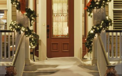 Decorating Your Home Exterior for Christmas
